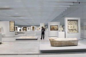 Louvre-Lens-interieur-930-620_scalewidth_630